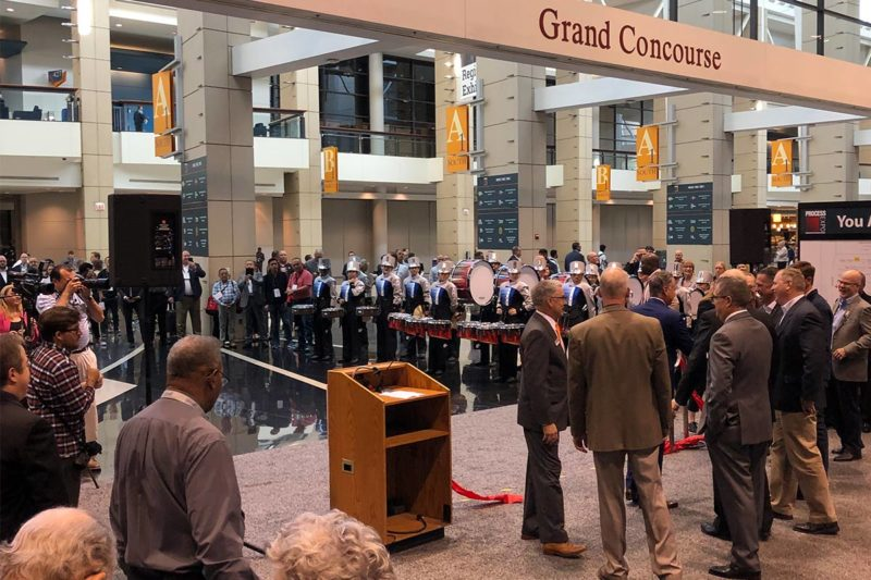 The 2019 PROCESS EXPO opened to much fanfare on Oct. 8 with a ribbon-cutting ceremony of Association dignitaries and a drumline procession from Illinois state-champion Romeoville High School. This lively ceremony signaled a successful start to this year's show.