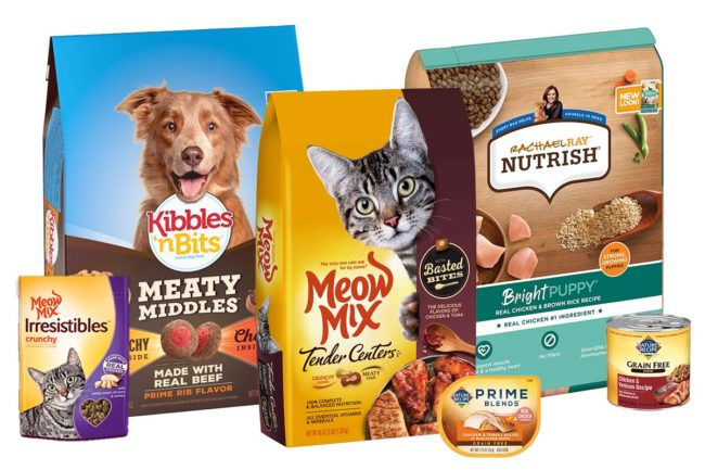 Pet food brand sales decline in fourth quarter, fiscal year 2021 for Smucker's