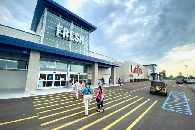 Meijer cuts ribbon at five new Midwestern grocery supercenters