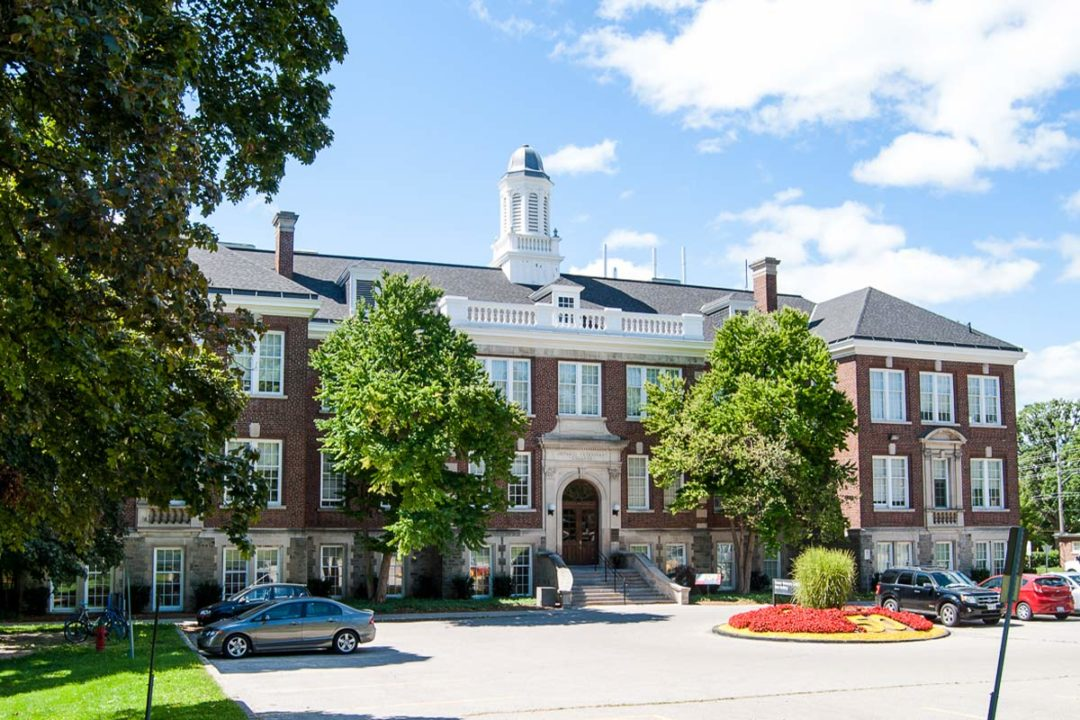 University of Guelph receives grant, endowment from Champion Petfoods