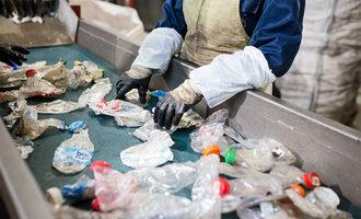 101421 newsom recycling bill lead src.pavel