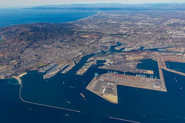Busy West Coast port to run around the clock to mitigate congestion
