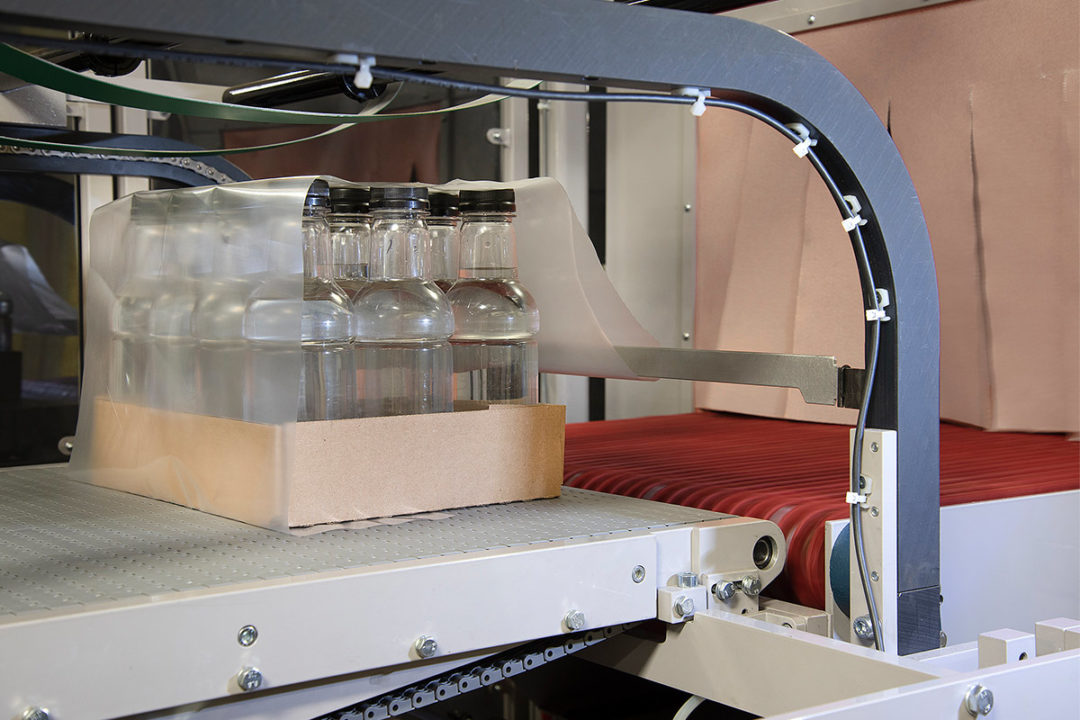 Massman's new single-roll wrapping system can be used in pet food manufacturing