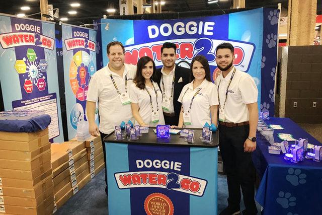 091619_doggie-water-2go_lead