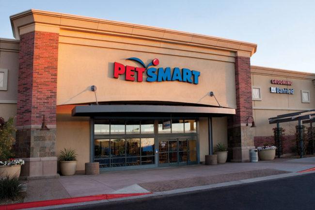 Storefront of PetSmart