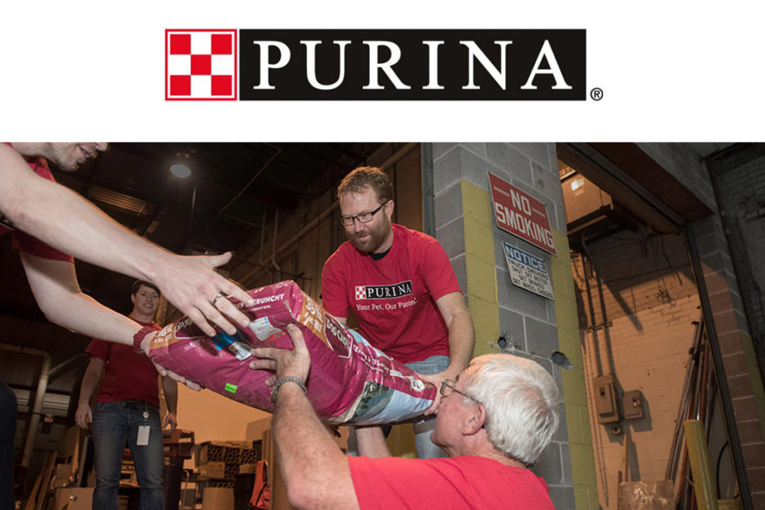 Volunteers donating Purina pet food to Hurricane Michael victims.