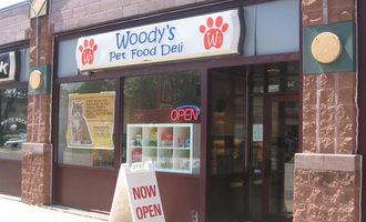 Woodys-pet-food-deli